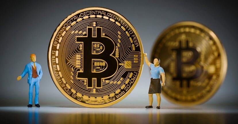 """Банк """"ПСКБ"""" анонсировал оборот криптовалют на счетах клиентов"""