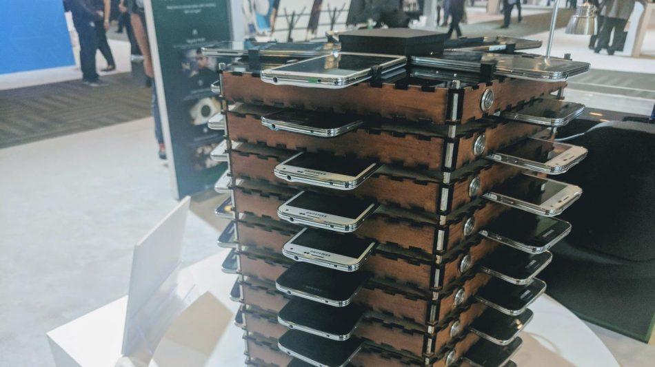 Samsung построила майнинг-ферму из 40 старых Galaxy S5