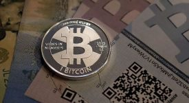 Российские власти побуждают к массовому переходу на криптовалюту.