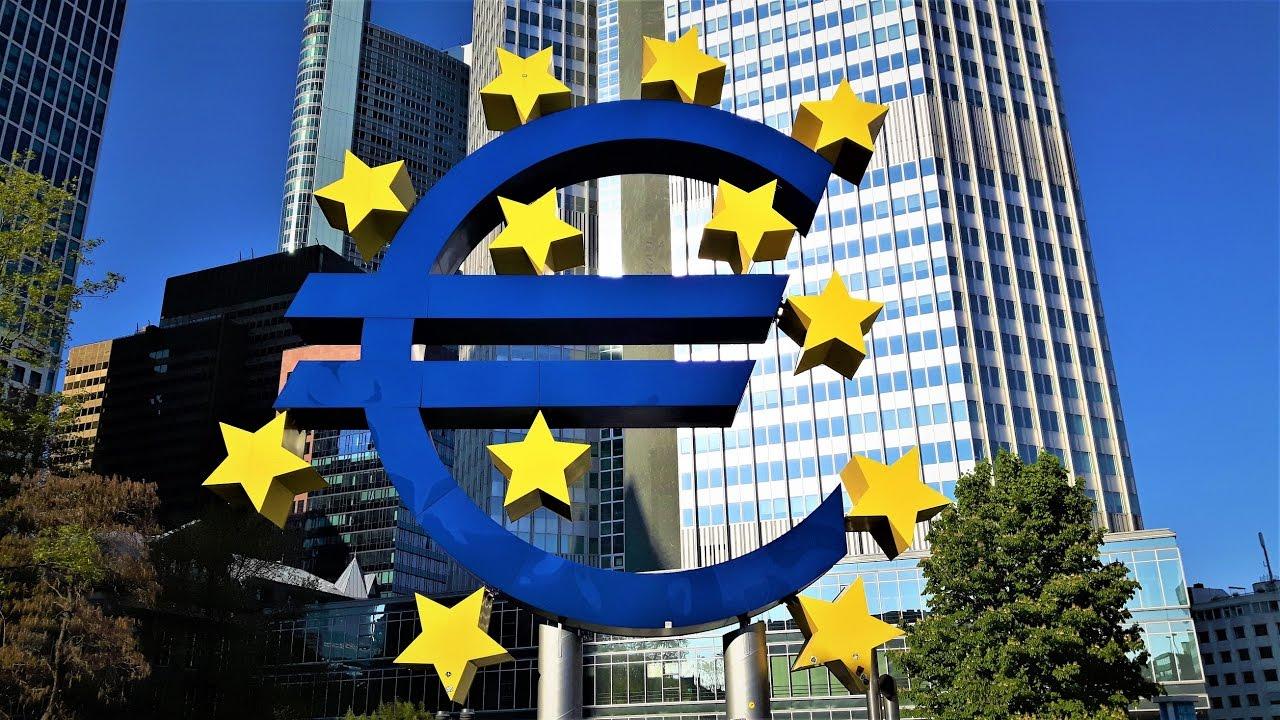 Европейский ЦБ напечатал триллионы евро. И будет печатать ещё