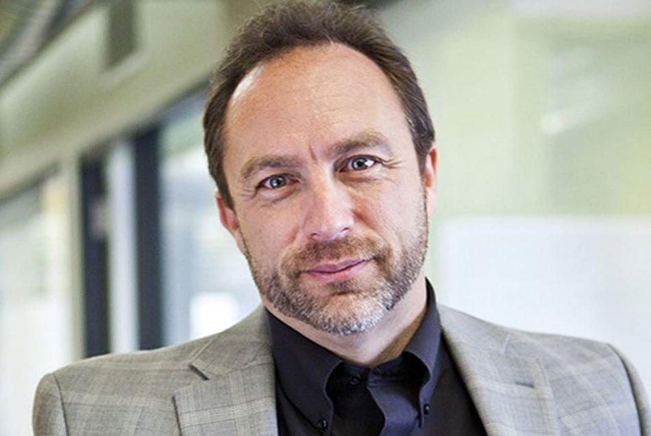 Основатель Wiki нападает на криптосферу