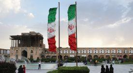 Иран уходит от американских санкций