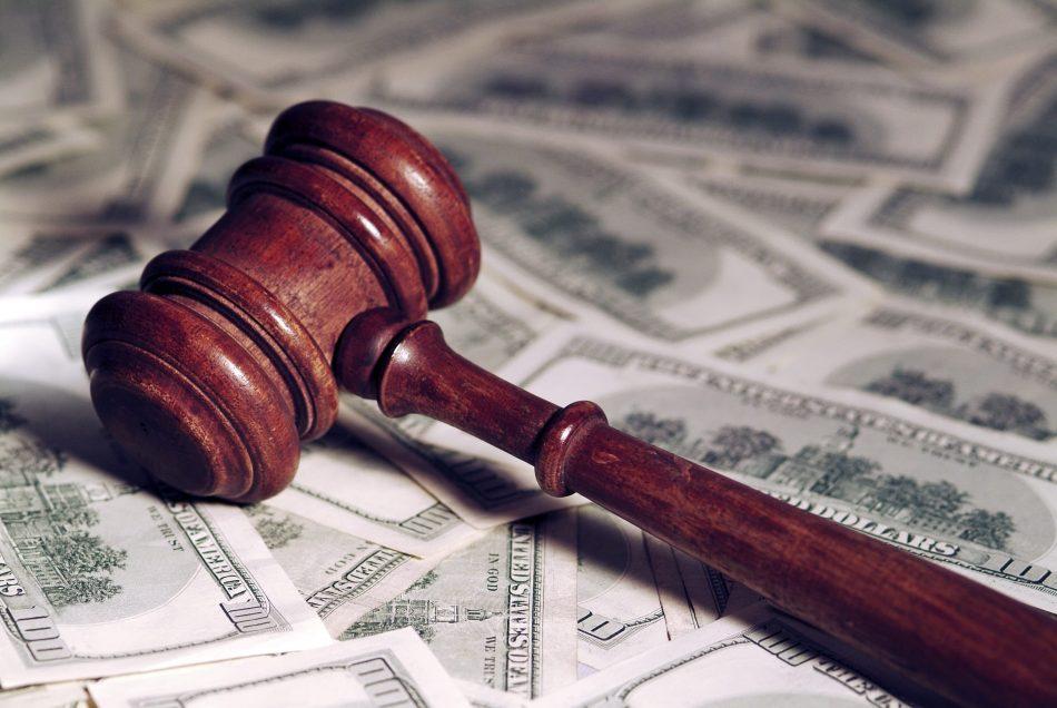Инвестор намерен отсудить у оператора связи 224 млн долларов из-за взлома своего криптовалютного счёта