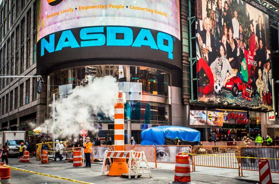 Фондовая биржа Nasdaq получила патент на блокчейн-решение для СМИ