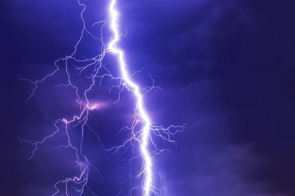 Мощность самой сильной грозы составила 1,3 млрд вольт