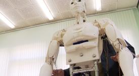Белорусские специалисты изготовили образовательного робота