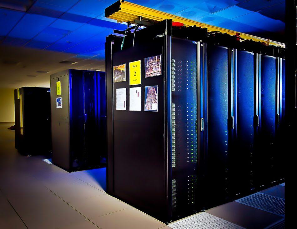 Суперкомпьютер «Группа Тинькофф» обучит голосового помощника