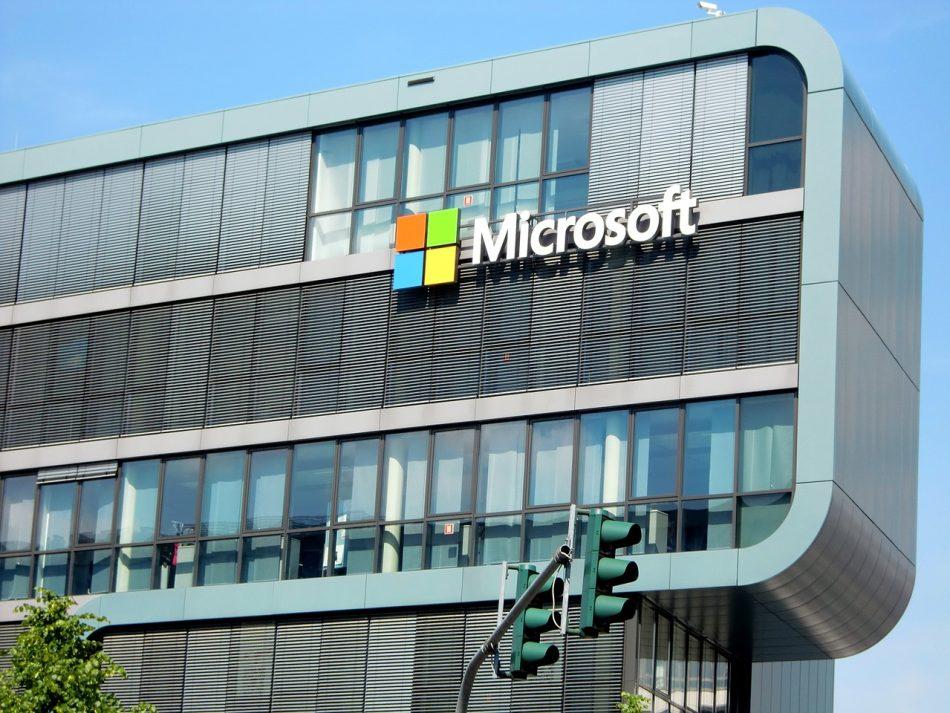 Компания Microsoft расскажет о новых разработках в области ИИ и интернета вещей