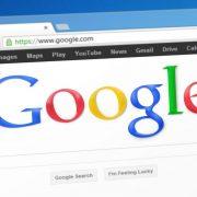 Компания Google сделает своего помощника более человечным, чтобы повысить его популярность
