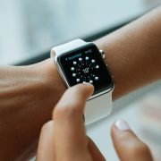 Инженер-электрик доказал, что «умные» часы можно собрать в домашних условиях