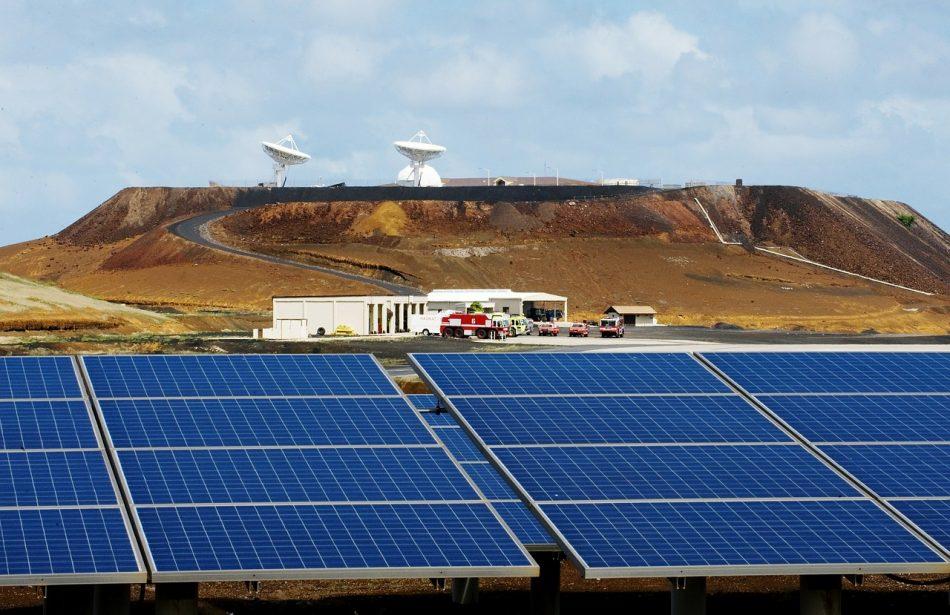 Apple опередил своих конкурентов в производстве солнечной энергии