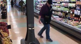 В американском магазине робот выводит из себя покупателей и продавцов