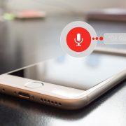 Google Assistant зачитает пользователю сообщения из WhatsApp