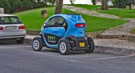 Малогабаритный электромобиль